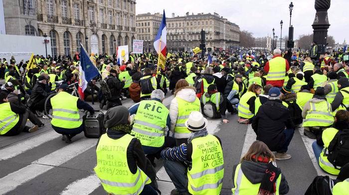 Abierto en Francia gran debate nacional