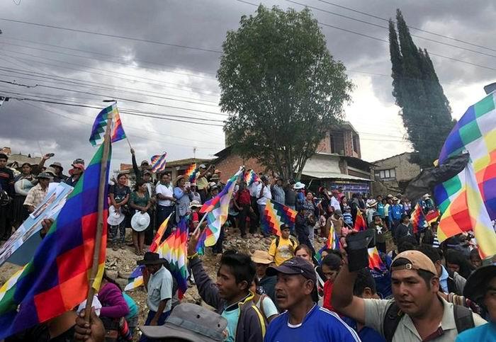 Aumenta número de muertos por la represión policial en El Alto, Bolivia