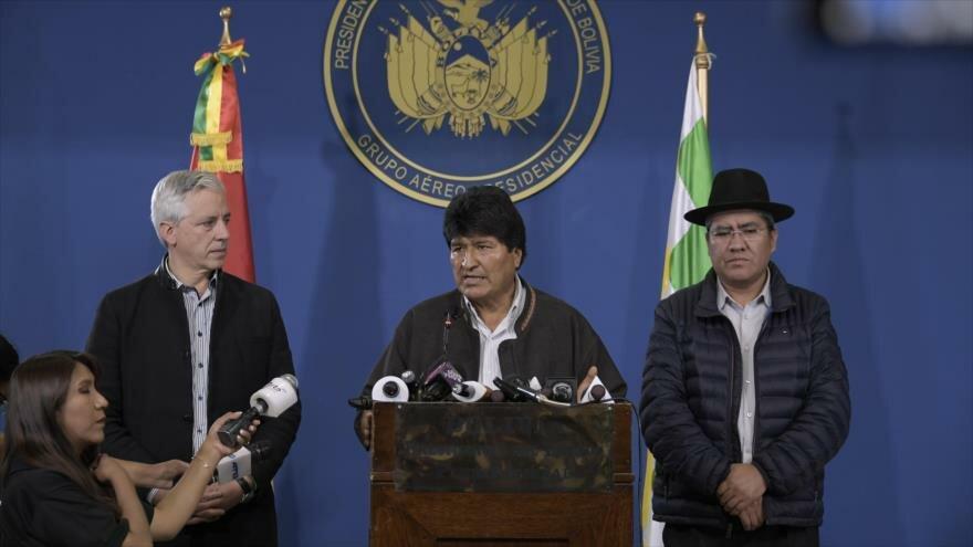 Llama Evo a la paz ante golpe de Estado en marcha contra su Gobierno