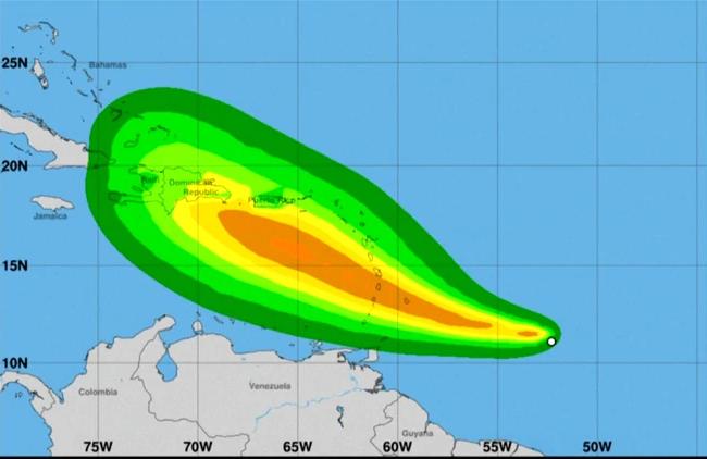 Adoptan Puerto Rico y la República Dominicana medidas de alerta máxima ante eventual huracán Dorian