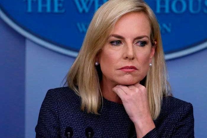 Renunció la secretaria de Seguridad Nacional de Estados Unidos