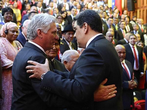 Regresa a Cuba Díaz-Canel tras juramentación del presidente de Venezuela. Foto: Estudios Revolución