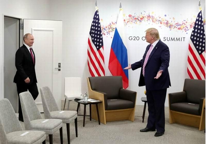 El presidente de Rusia, Vladimir Putin, acordó con Trump, que sus responsables de política exterior inicien consultas para prolongar el tratado de reducción de armas nucleares, conocido como Nuevo START o START III