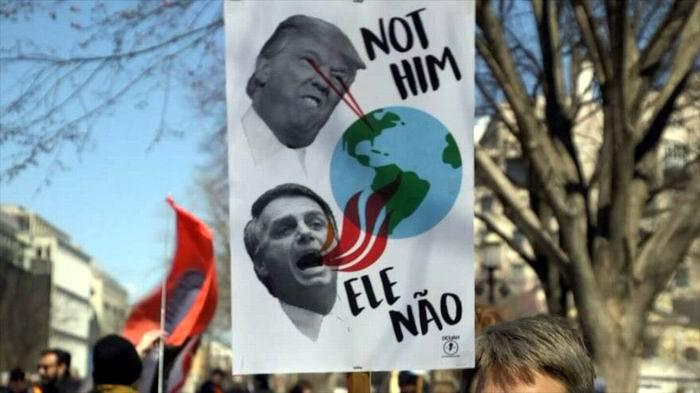 Protestas frente a la Casa Blanca en rechazo a visita de Bolsonaro