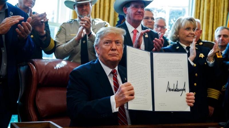 Veta Trump la resolución del Congreso de abolir la emergencia nacional