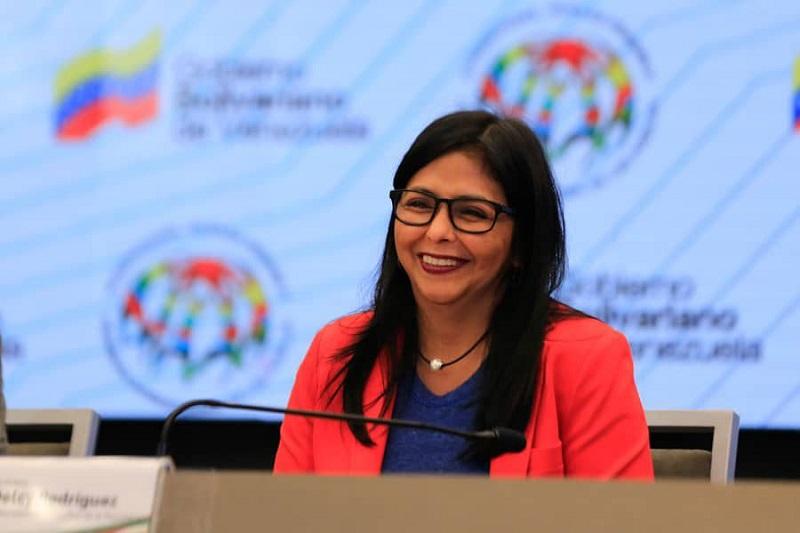 Felicita vicepresidenta de Venezuela a los cubanos.