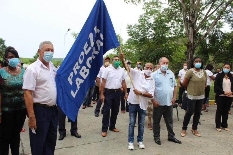 En Audio: Bandera de Proeza Laboral para el Laboratorio Farmacéutico Oriente