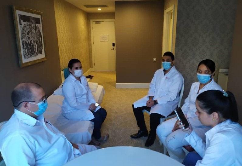 Por primera vez, médicos cubanos en Bakú