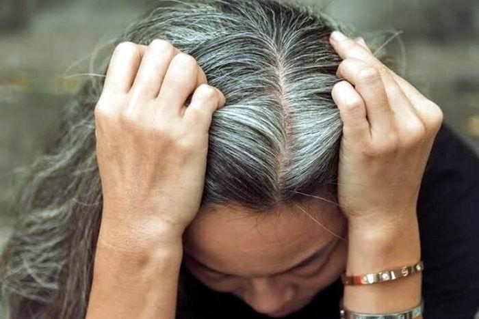 Científicos relacionan el estrés con las canas