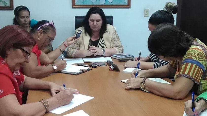 Doctora María Caridad Rubio, jefa de la sección independiente para el Control del cáncer en el Ministerio de Salud Pública