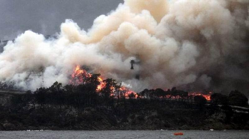 Aumentan muertos por incendio en Australia