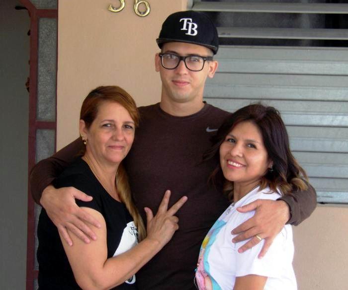Jesús Álvarez López y es el primer paciente cubano recuperado del nuevo coronavirus