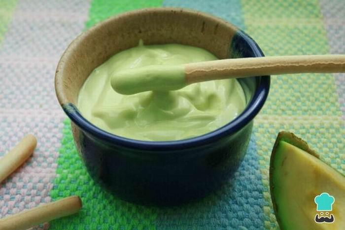 Para variar, prepare una mayonesa de aguacate