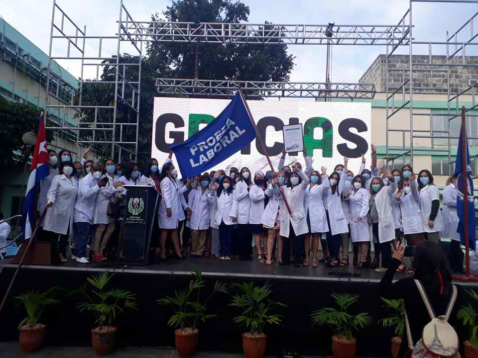 Distinguen al IPK en el Día de la Medicina Latinoamericana