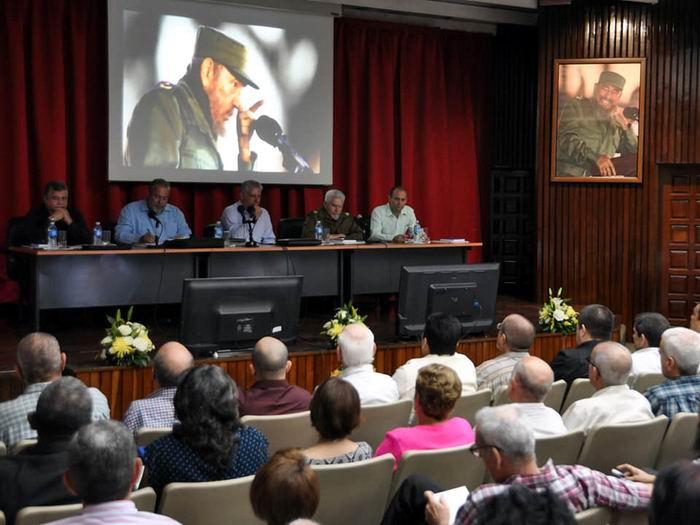 Presidente cubano asiste al Balance del Ministerio de Energía y Minas