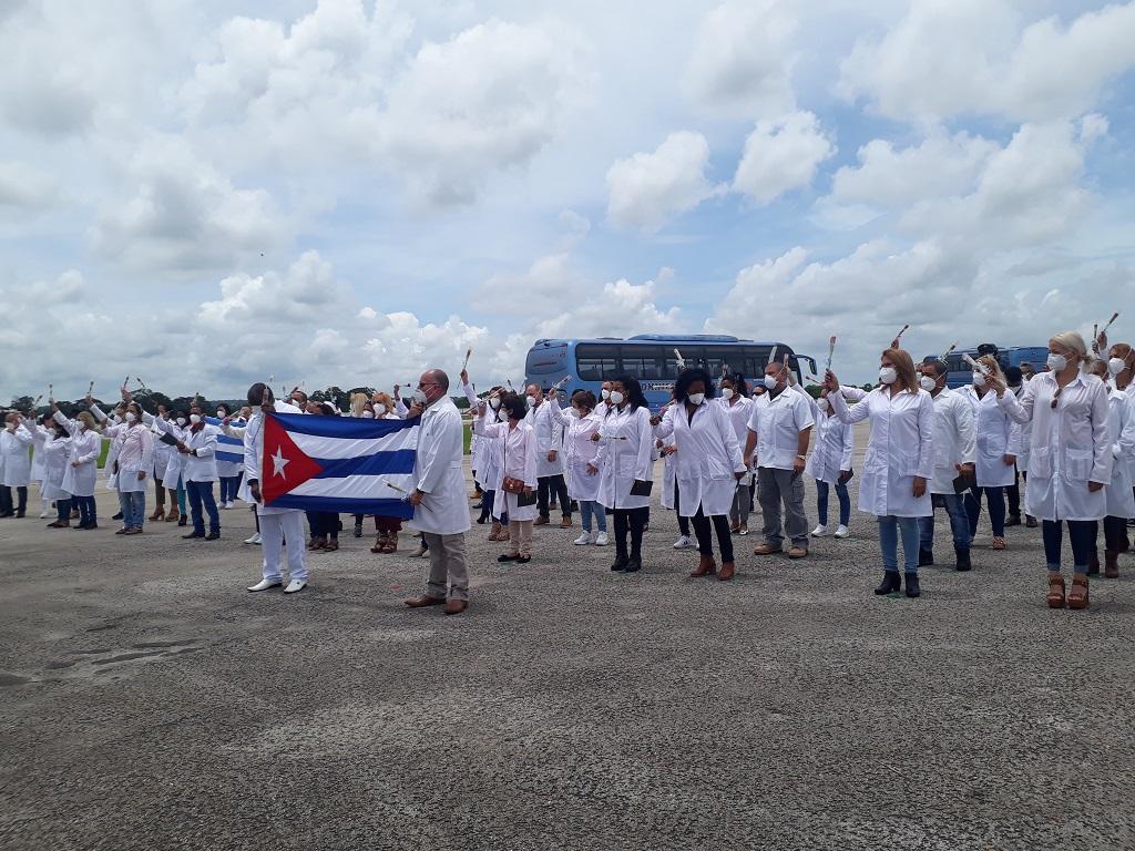 En Cuba primer grupo de la brigada del Contingente Henry Reeve que enfrentó la COVID-19 en México (+Audio)