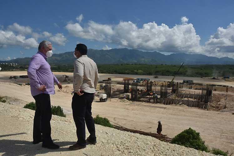 Insiste Díaz-Canel en necesidad de potenciar desarrollo local (+Audio)