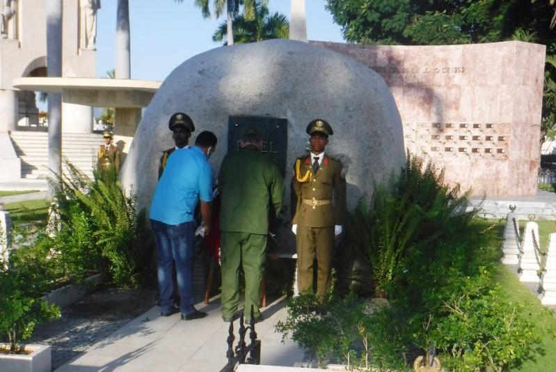 Rinden los CDR homenaje a Fidel