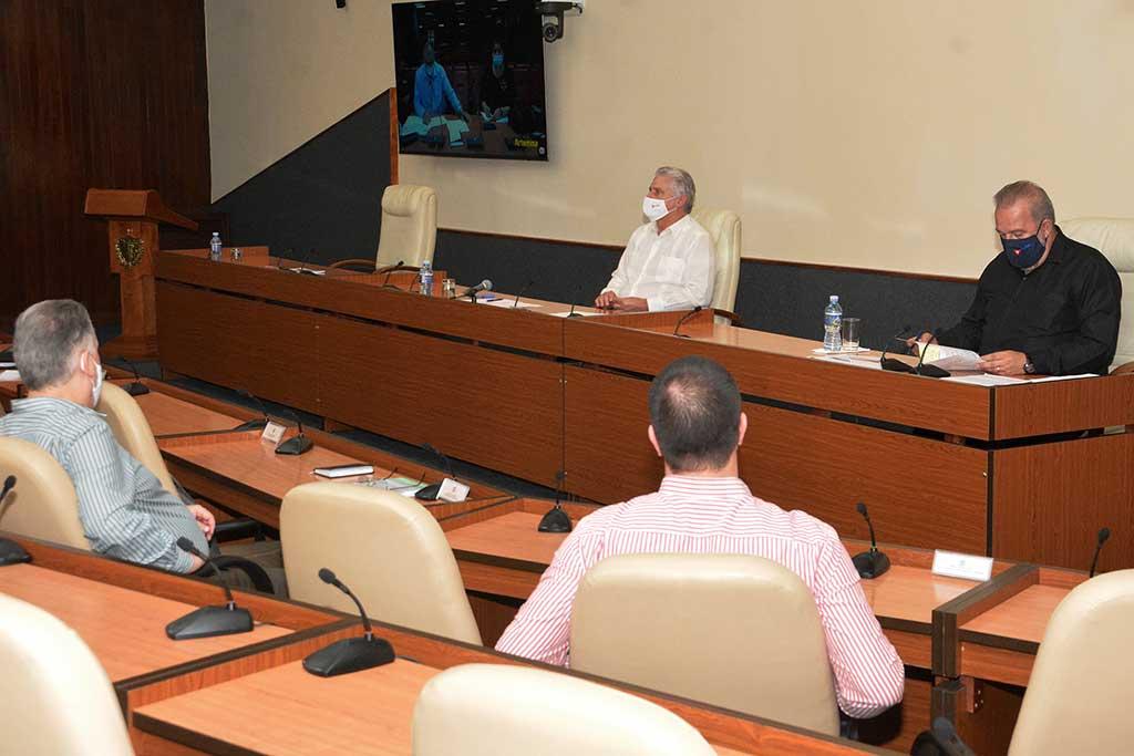 Díaz-Canel: No puede haber retroceso en lo ganado frente a la COVID-19