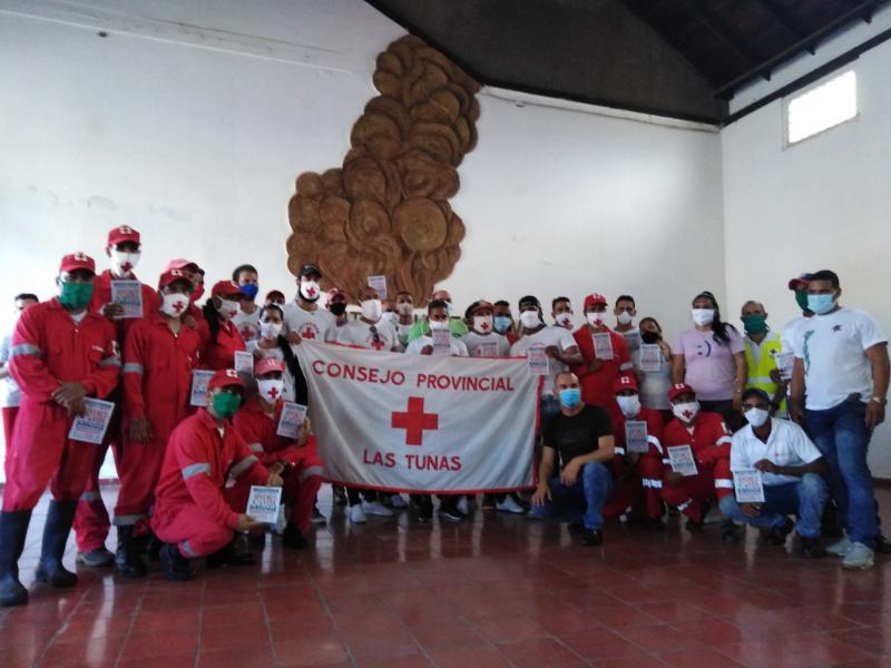 Entregan distinción Jóvenes por la Vida a voluntarios de la Cruz Roja