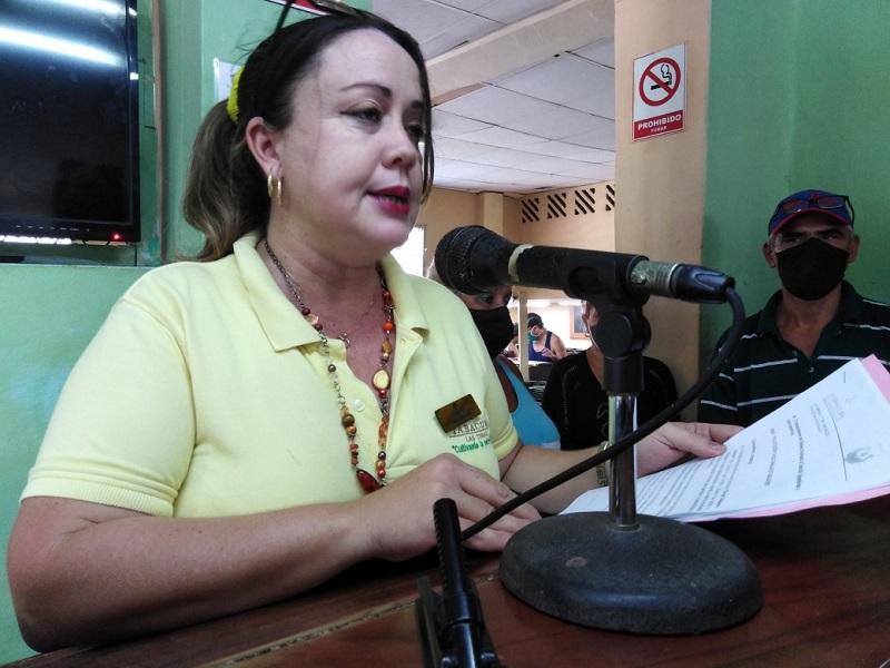 Los tabacaleros tuneros tributan el homenaje a Lázaro Peña cumpliendo el plan