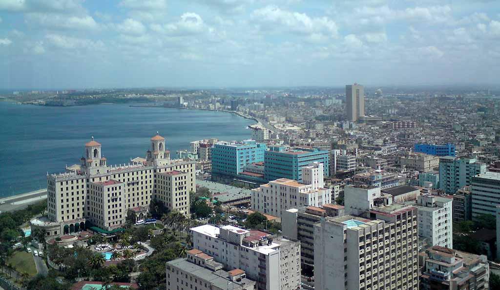La Habana: Restablecen servicios y actividades productivas