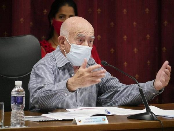 Participa Machado Ventura en Pleno del Comité Nacional de la UJC