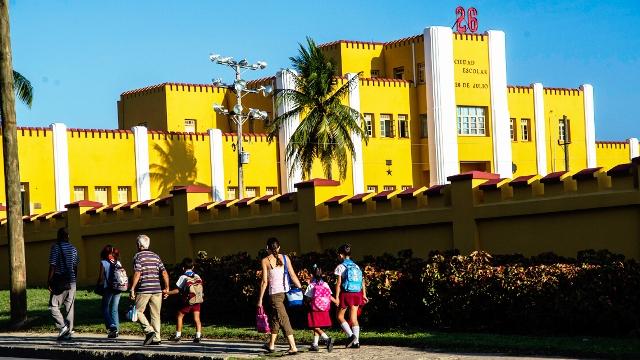 El cuartel convertido en escuela