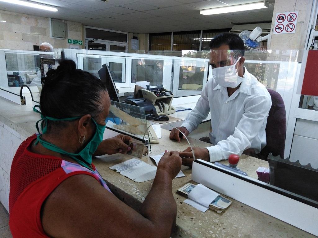 Inicia en Las Tunas pago a jubilados a través de la nómina electrónica (+Audio)