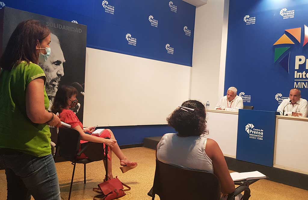 Beneficia política migratoria a ciudadanos cubanos residentes en el exterior. Foto: Yaicelín Palma Tejas