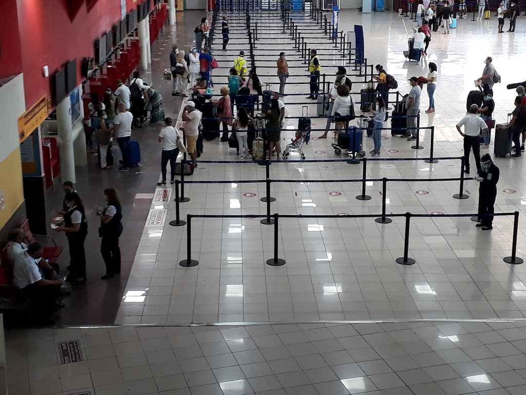 Reanudó sus operaciones aeropuerto Internacional José Martí