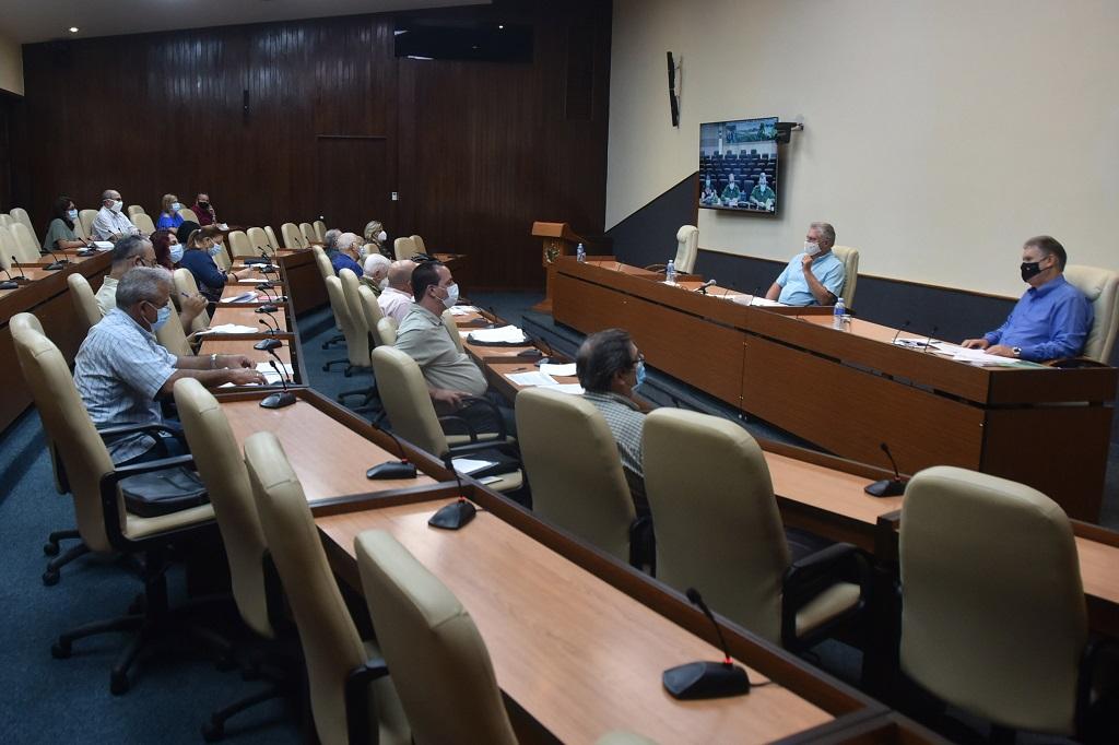 La Habana aplica medidas restrictivas para cortar el paso a la COVID-19