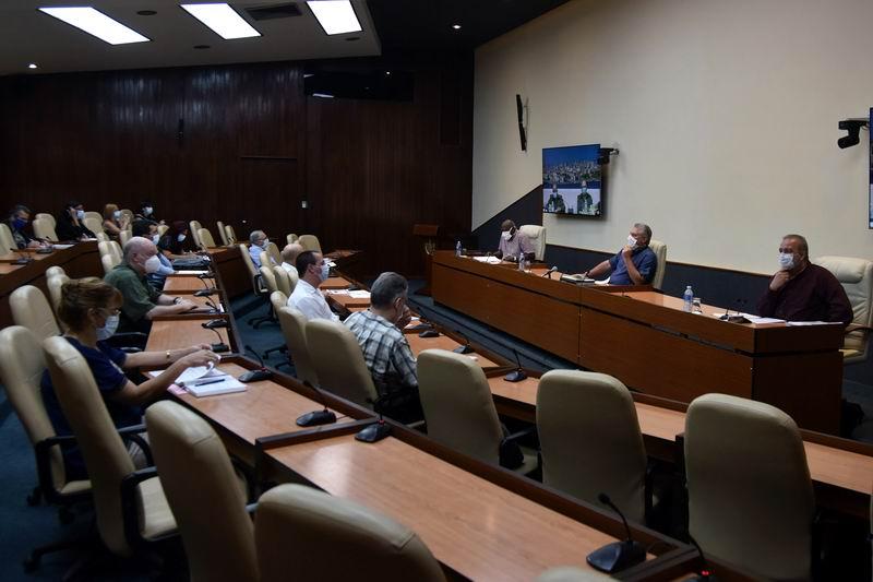 Díaz-Canel: Con el esfuerzo de todos, podemos seguir venciendo y avanzando frente a la COVID-19