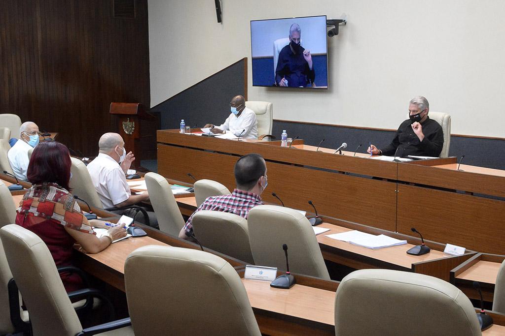 Cuba le corta el paso a la COVID-19 sin bajar la guardia (+Audio)