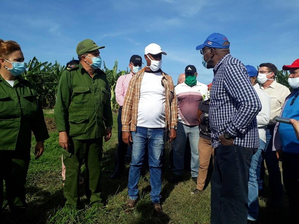 Recorre vicepresidente cubano objetivos de interés económico en Holguín