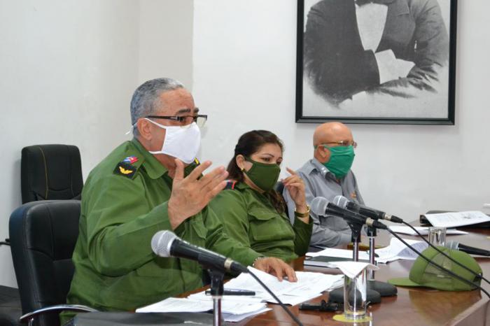 Convocan en La Habana a trabajar duro para reducir contagios de la COVID-19
