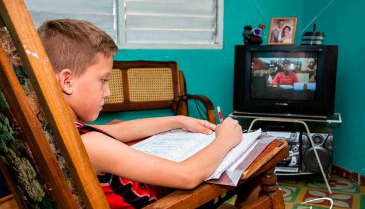 Actividades docentes televisivas, una esperanza para el curso escolar en Cuba (+Audio)