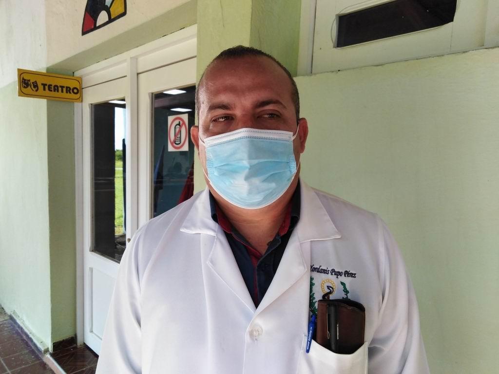 Director municipal de Salud Yordani Pupo