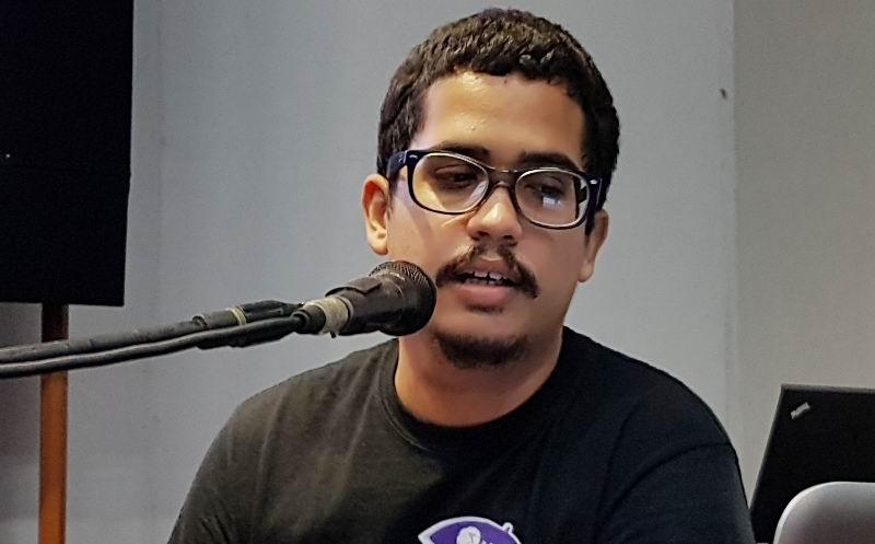 Jefe Sección Audiovisuales AHS Camagüey, Alberto Santos.