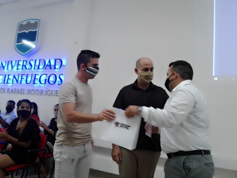 Más de 25 mil títulos ha entregado la Universidad Carlos Rafael Rodríguez (+Audio)