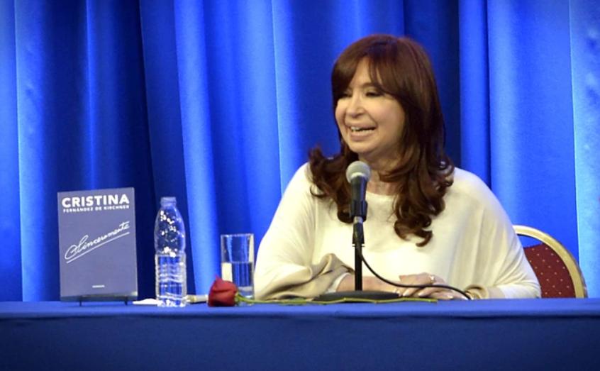 Presentan título de vicepresidenta argentina en Feria del Libro de La Habana (+Audio y Vídeo)