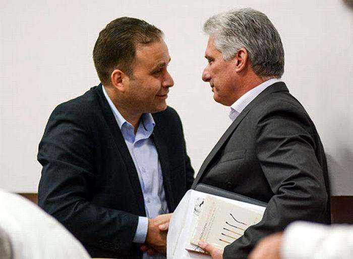 Miguel Díaz-Canel y Luis Morlote presidente de la UNEAC