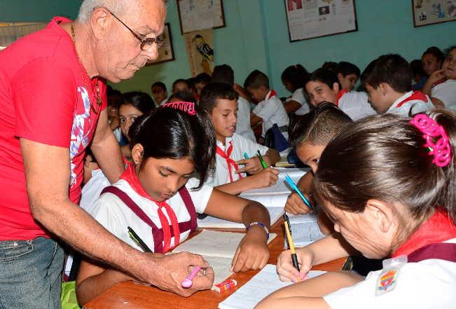 Avanza en Sancti Spíritus perfeccionamiento de la educación