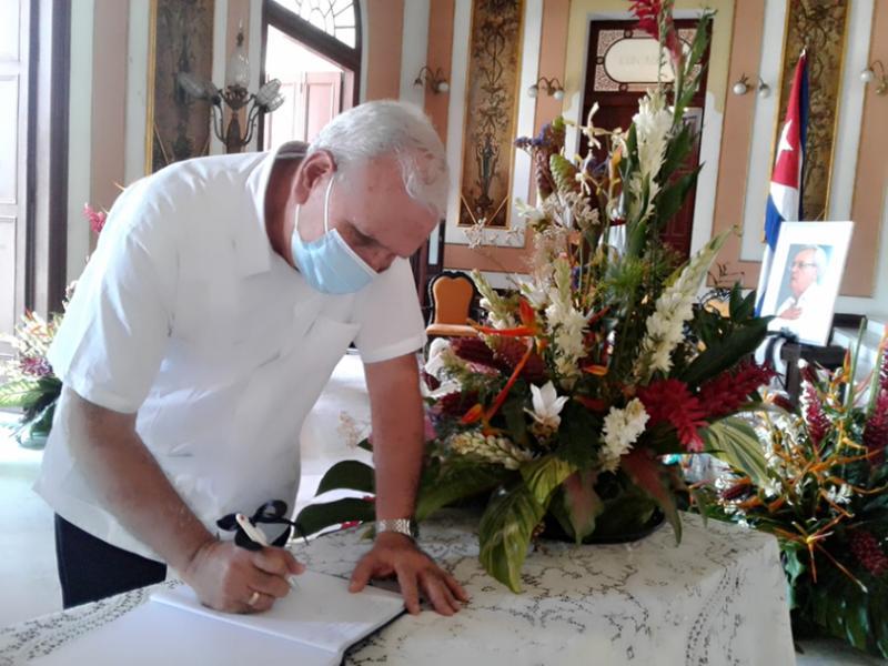 Dolor en Cienfuegos y reconocimiento al querido Eusebio Leal (+Audio)