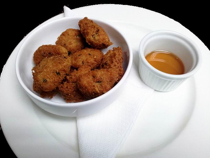 Deliciosas frituras de malanga con ajonjolí