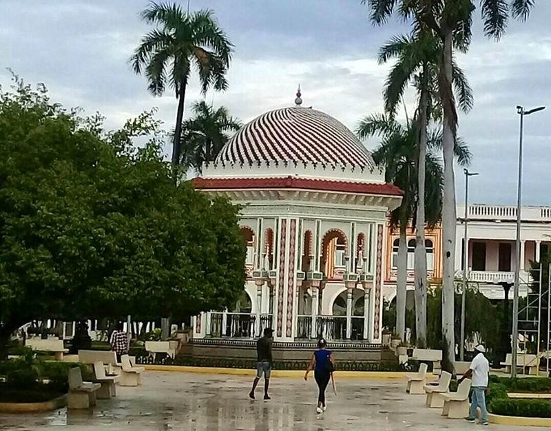 Glorieta de Manzanillo
