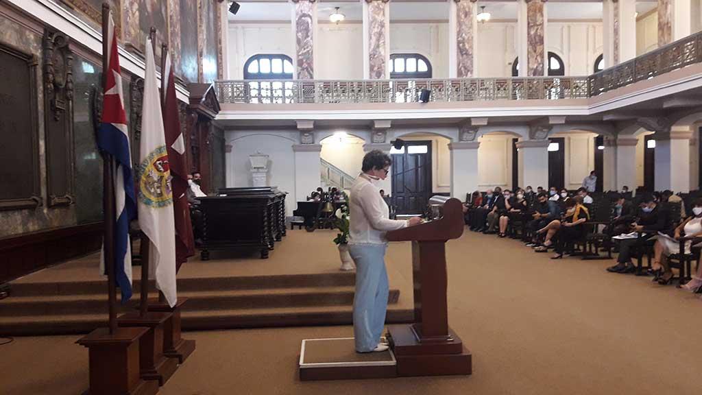 Gradúan a nuevos profesionales de la prensa en La Habana