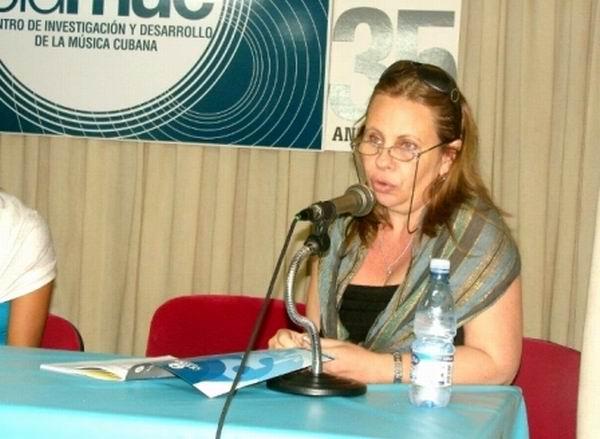 Liliana Casanella Cué: el equilibrio entre las letras y la musicología (+Audio)
