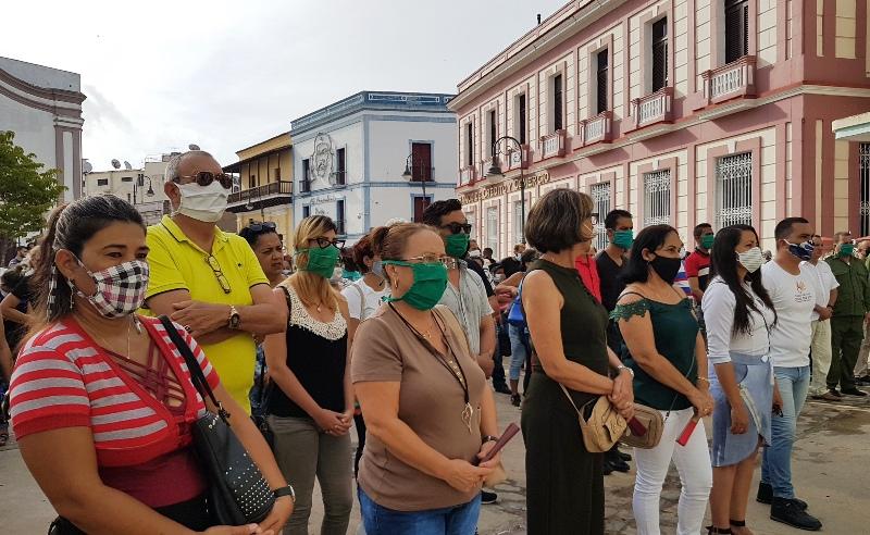 El pueblo de Camagüey acude a rendir homenaje a Eusebio Leal