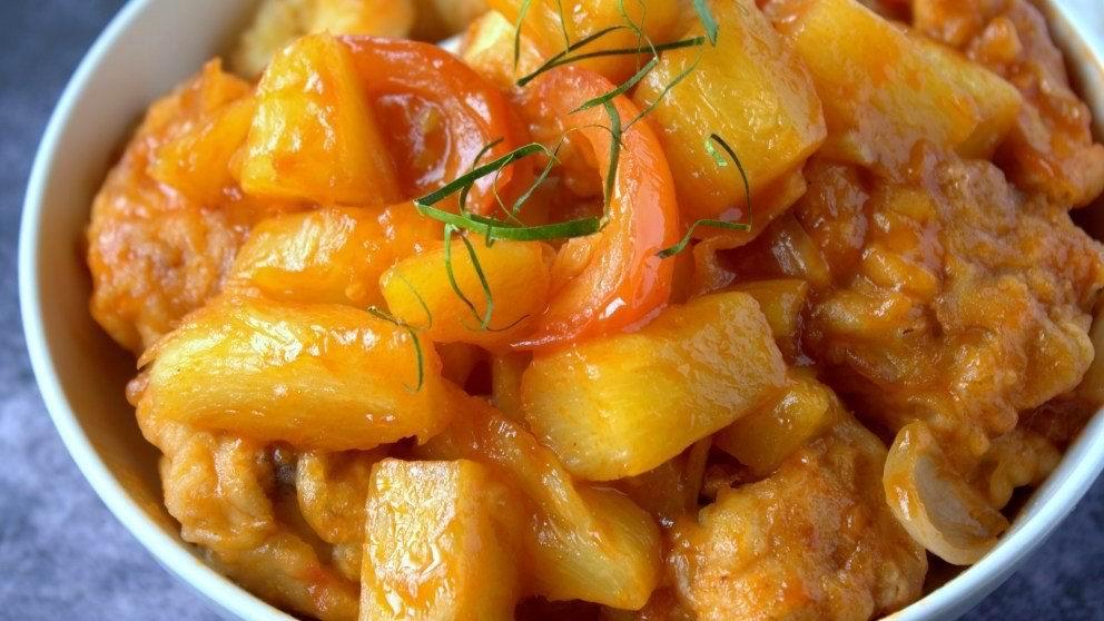 Varíe el menú: Pollo con piña